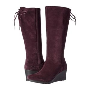 UGG Women Dawna Wedge Boots in Stout Suede NEW